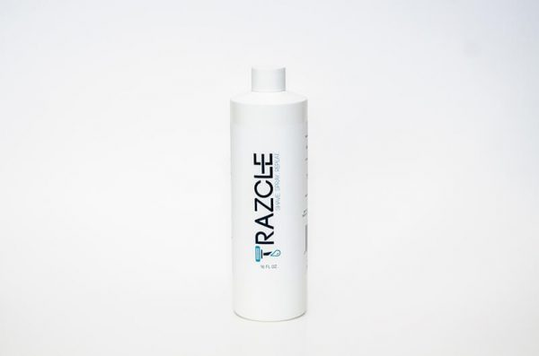 No matter where you shave. RAZCLE is designed for ease of use and travel